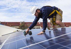 zonnepanelen monteren